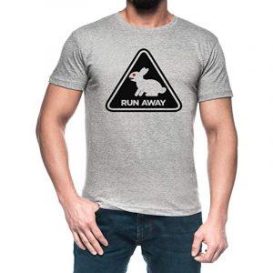 camiseta gris para hombre de conejos run away